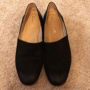 NWOT Clarks Pure Tone Black Flats